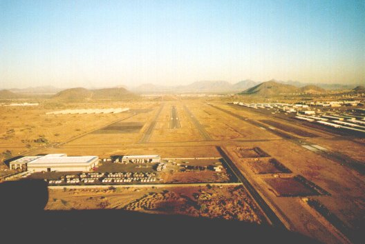 Deer Valley Airport